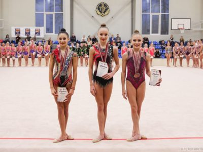 Santa Stepulāne kļūst par absolūto Latvijas čempioni mākslas vingrošanā junioriem.