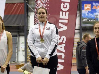 Ogres novada sporta centra vieglatlēti startē Latvijas U-18 un U-20 čempionātos