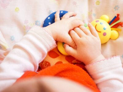 Organizēs nodarbību par spēlēšanās ietekmi uz bērna attīstību